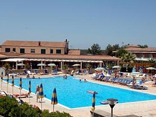 © Villaggio Turistico La Cecinella