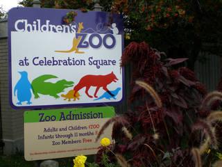 Entrance to the Children's Zoo at Celebration Square © Saginaw Future
